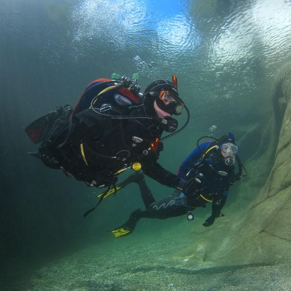 Drysuit @ Vancouver Diving Locker | Vancouver | British Columbia | Canada